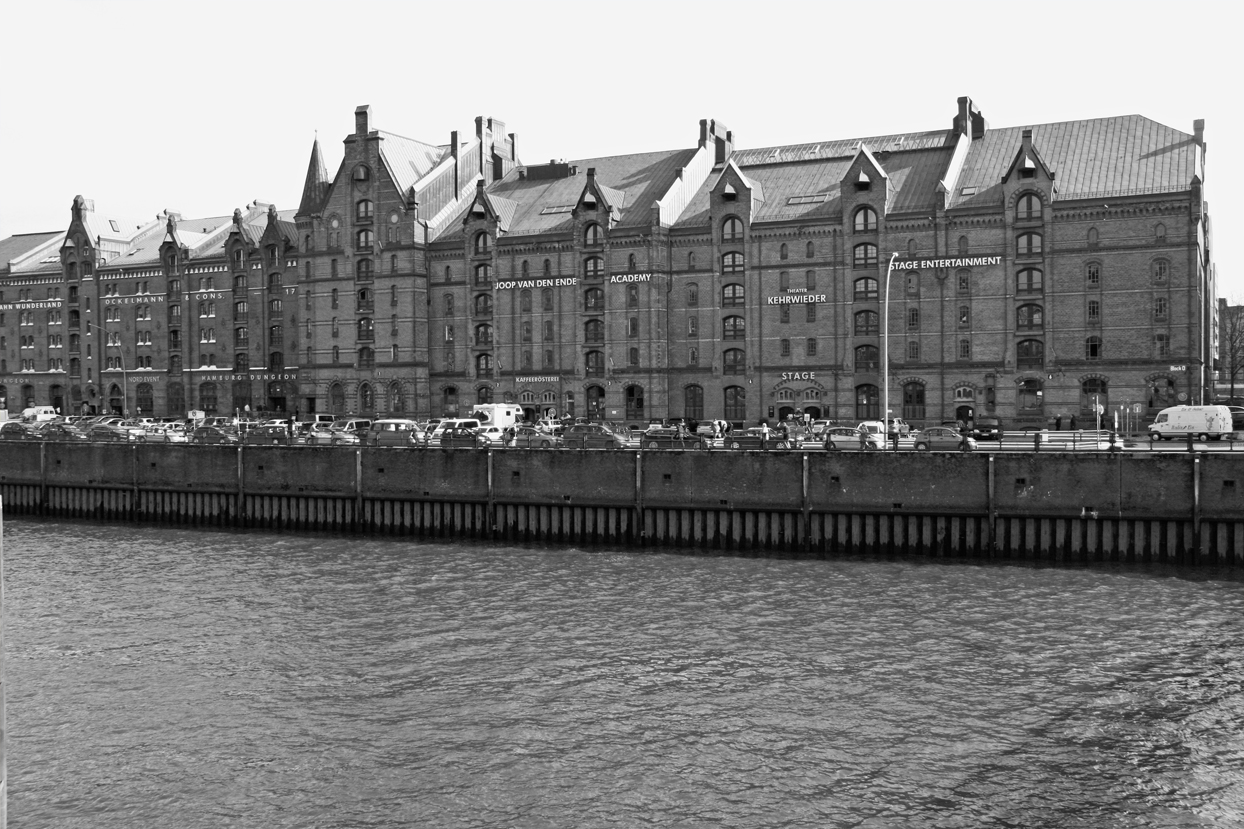 Speicherstadt Hamburg.jpg
