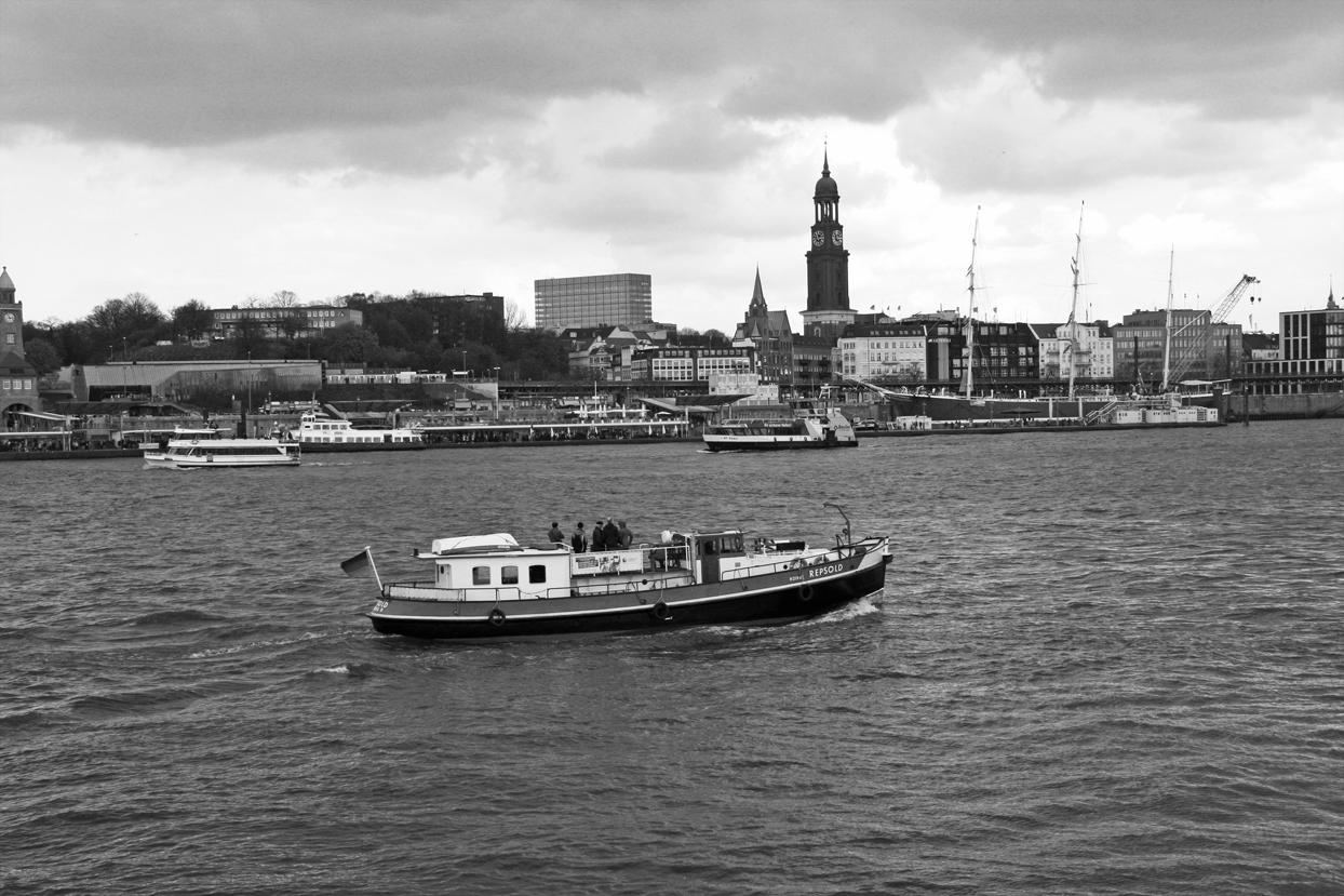 River Hamburg.jpg