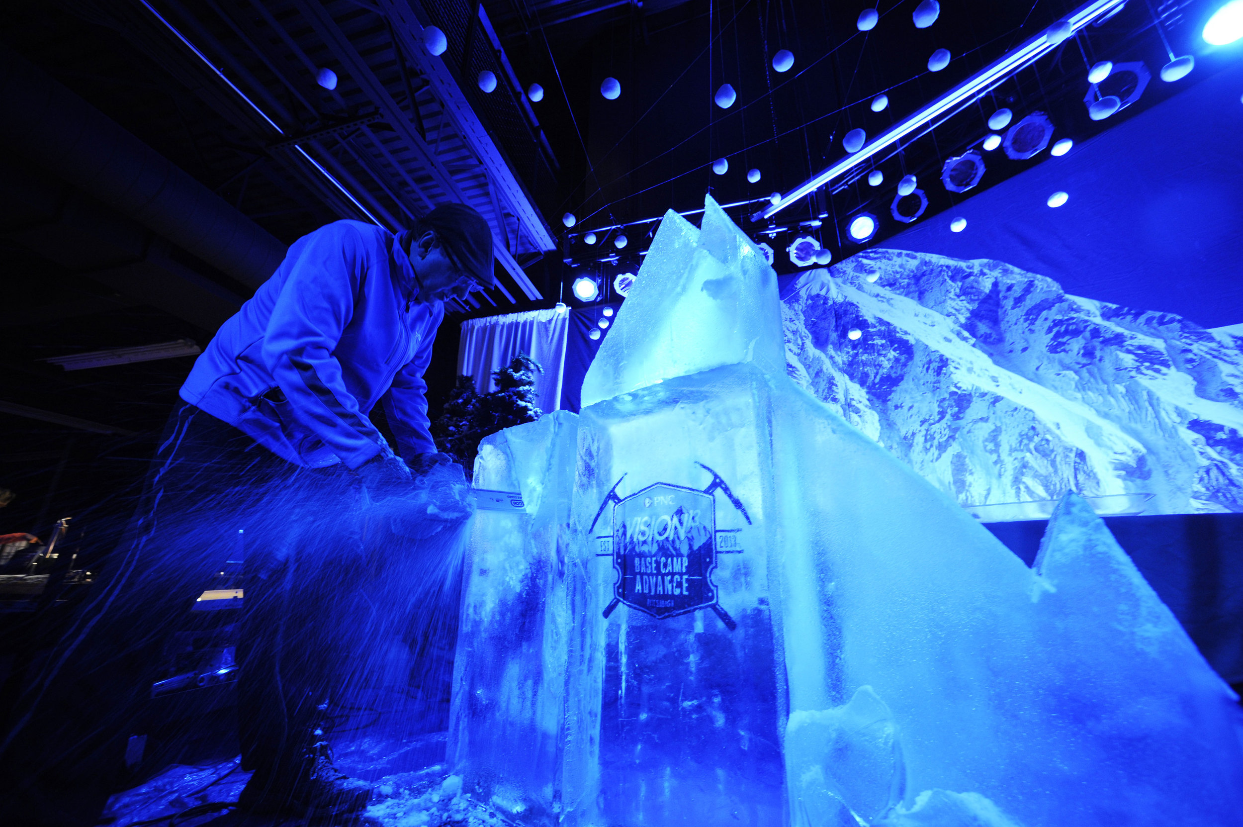carving ice vision13