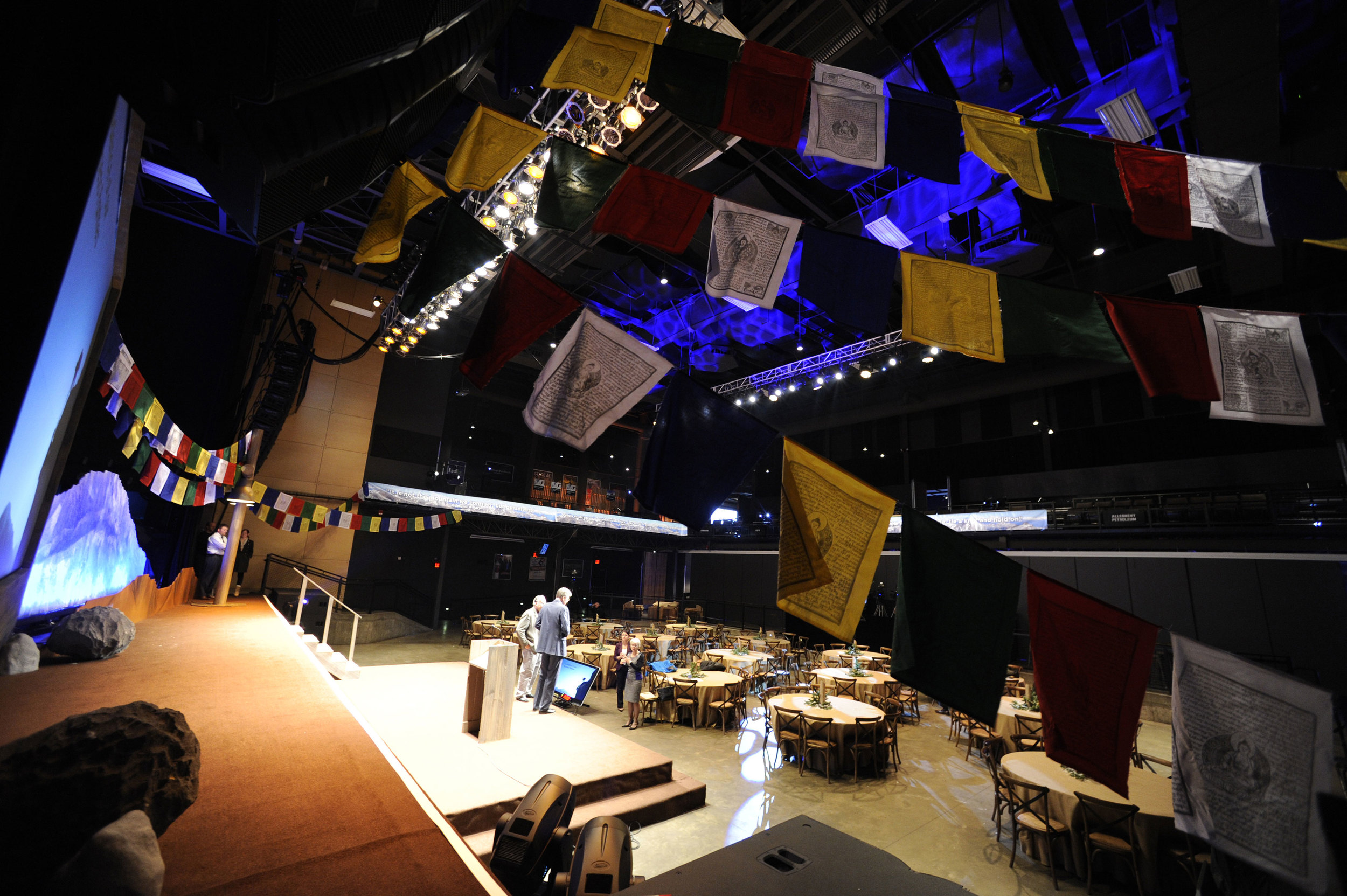 stage set tables flags