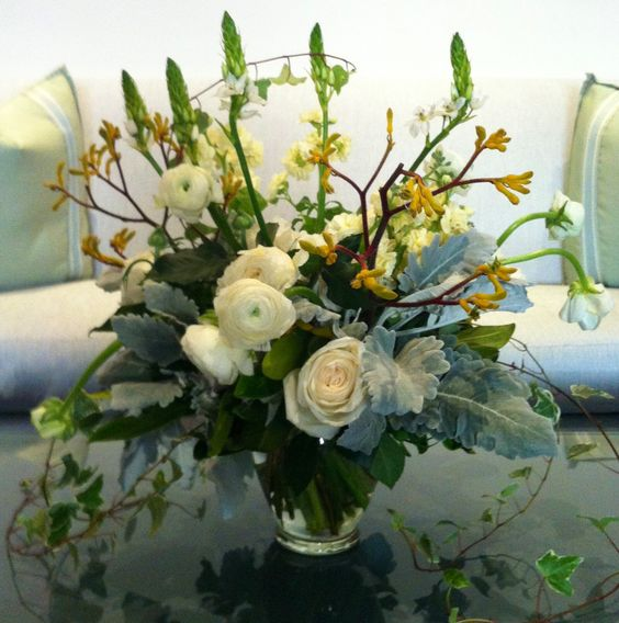 white bouquet flowers