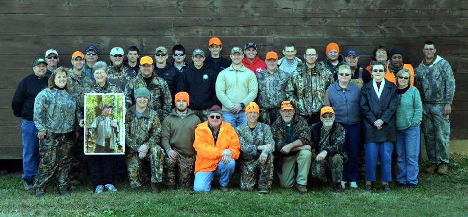 2014ChockleyMemorialDeerHuntGroup.jpg