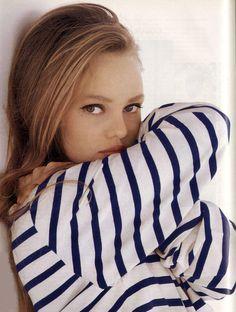 Vanessa Paradis mariniere.jpg