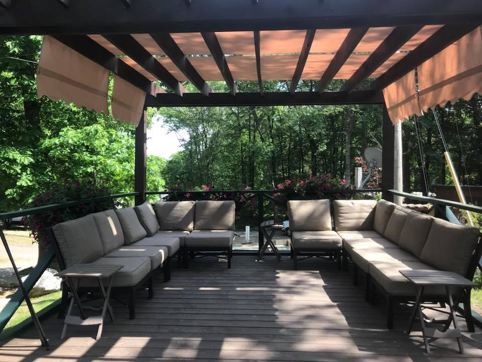 Take a nap or relax in the pergola
