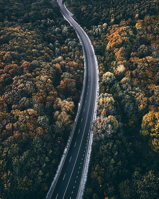 The only trip you will regret is the one you don't take. 🛣🛤 . . #instagood #car #trip #drive #weekend #carlifestyle #photography #driving #safedriving #cansonic #cansonic_usa #dashcamera #dashcam #adventure #travel #carporn #sports #view #explore #traveler #roadtrip #fall #autumn #california #losangeles #driver #lyft #uber #mountain #nature