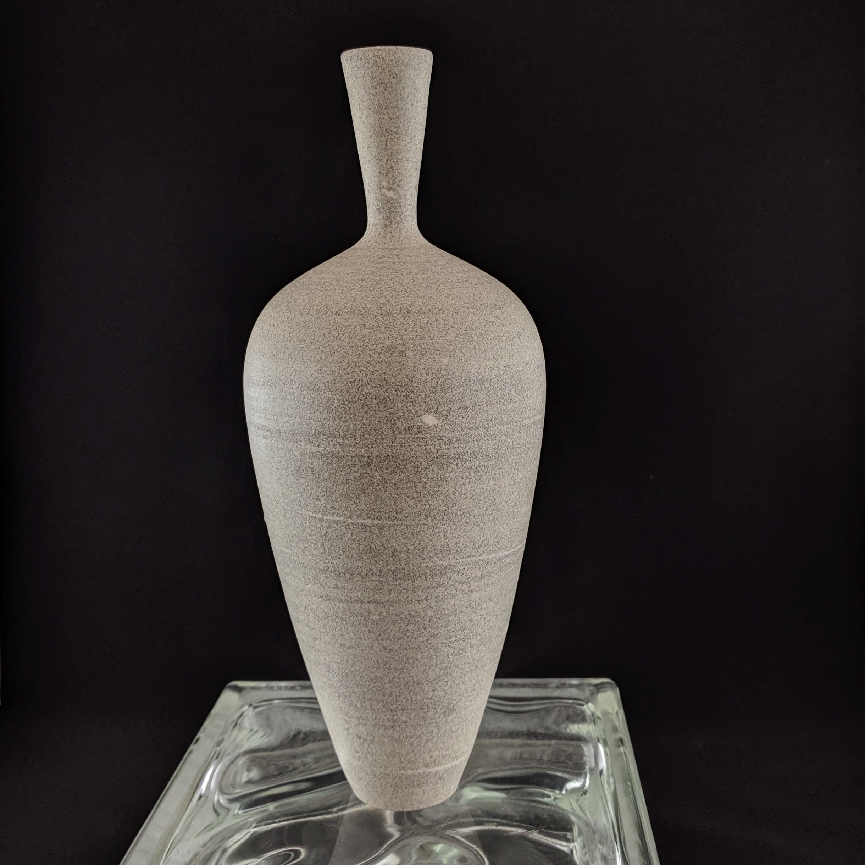 Granite Vase #1 11in a.jpg