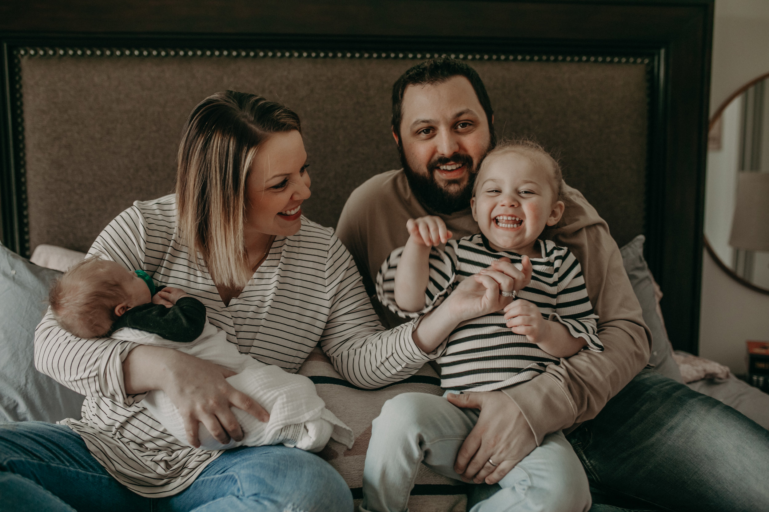 happy river falls wi family photo shoot in home lifestyle