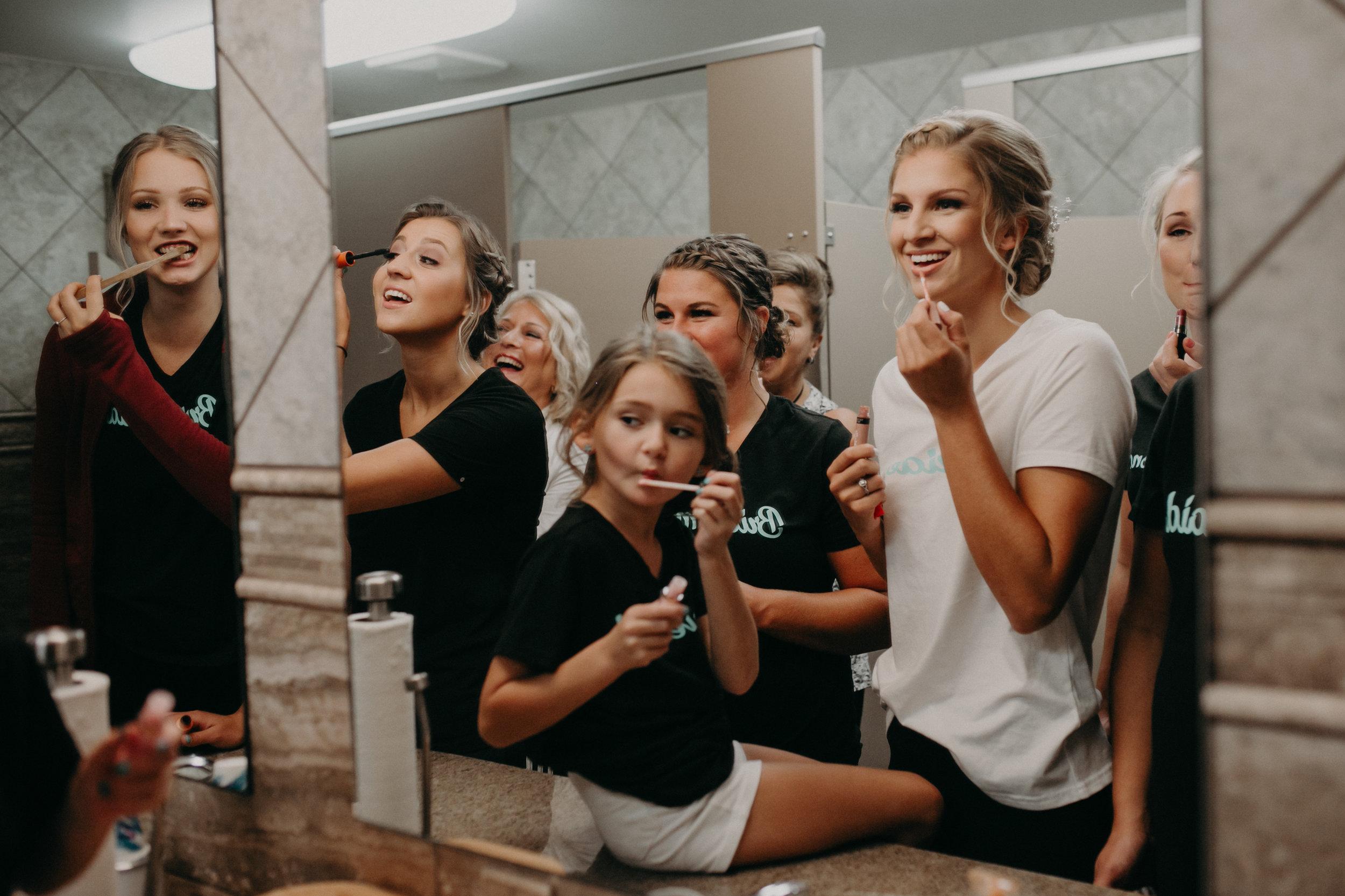 bridesmaids-wedding-christ-lutheran-church-bathroom-marshfield-wi