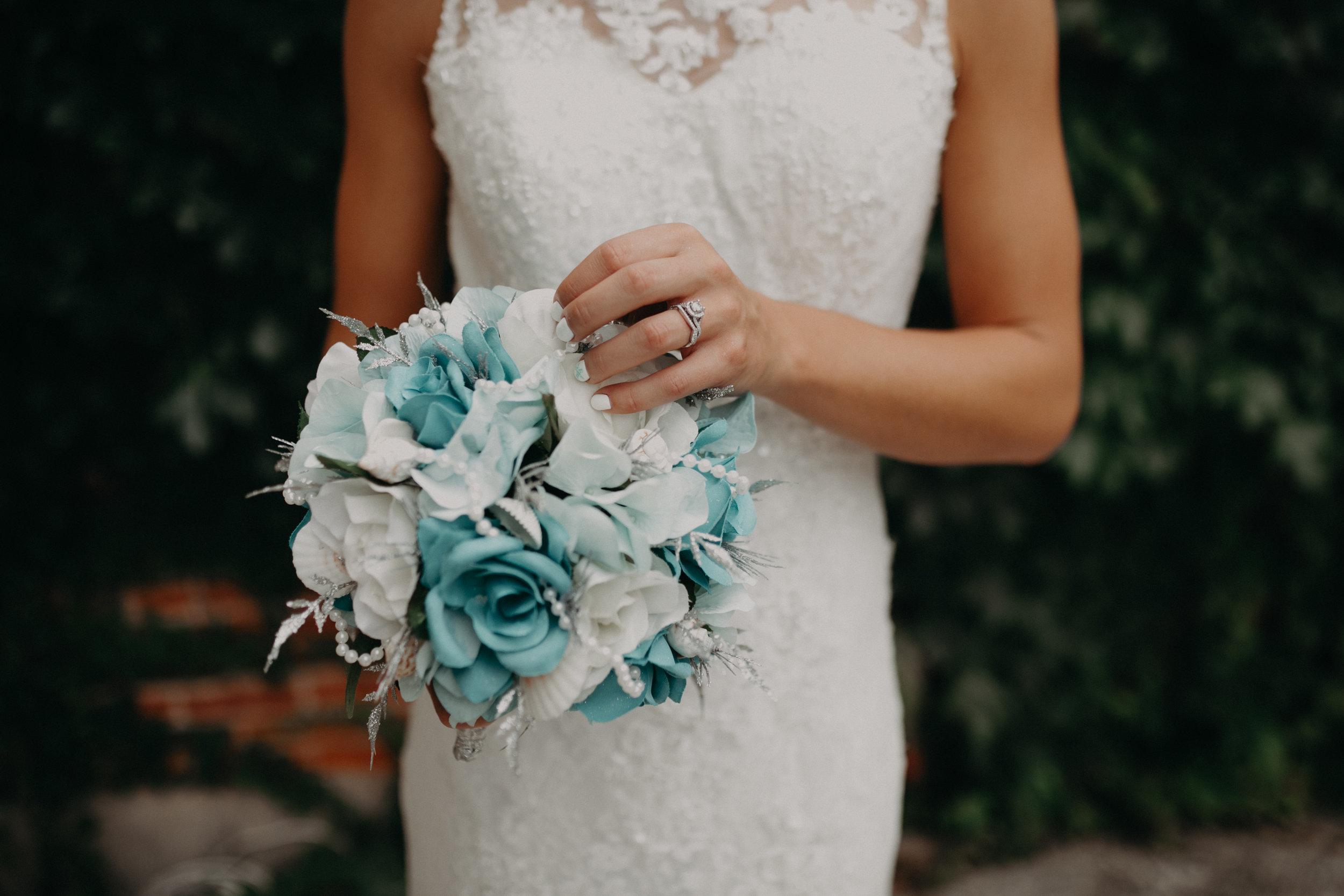 bride-bouquet-marshfield-wi-wedding