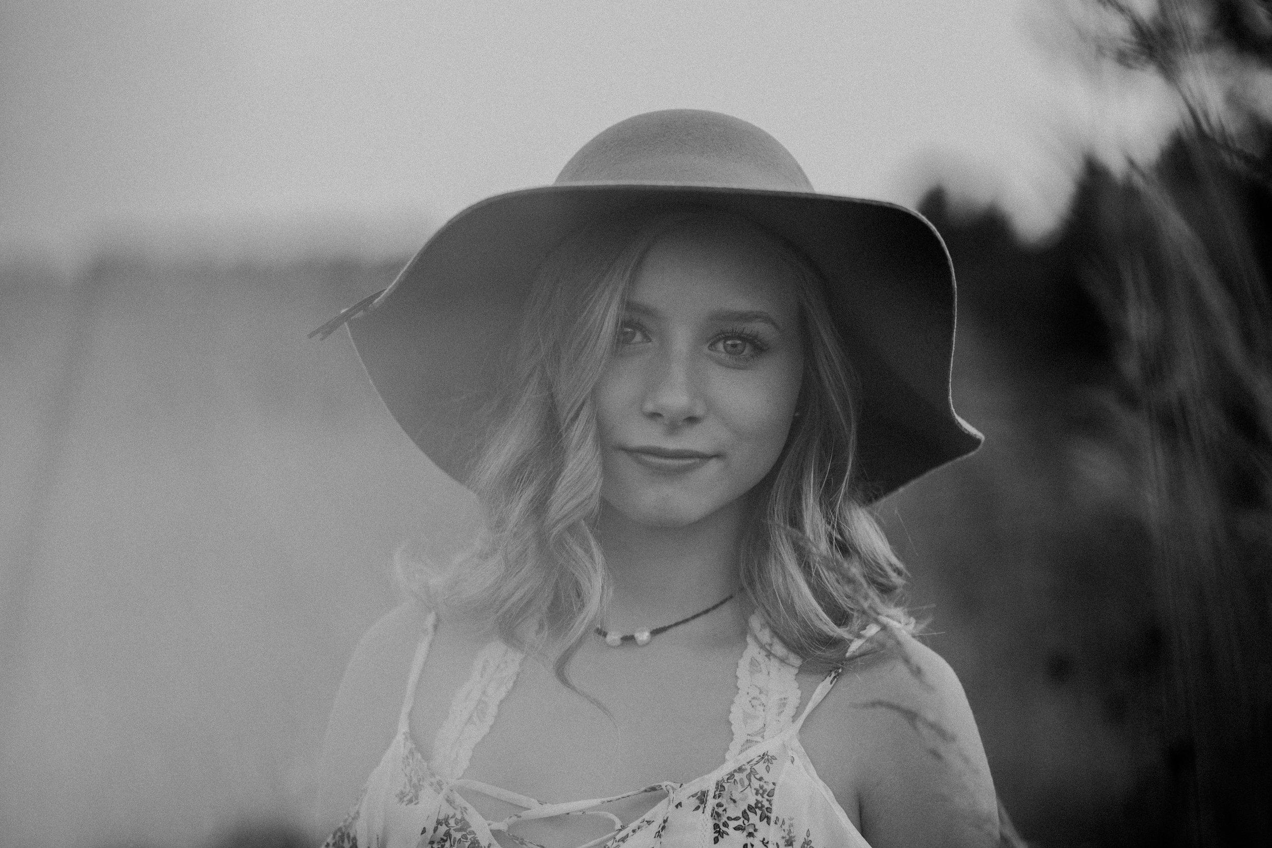 barron-wi-high-school-senior-photographer-boho