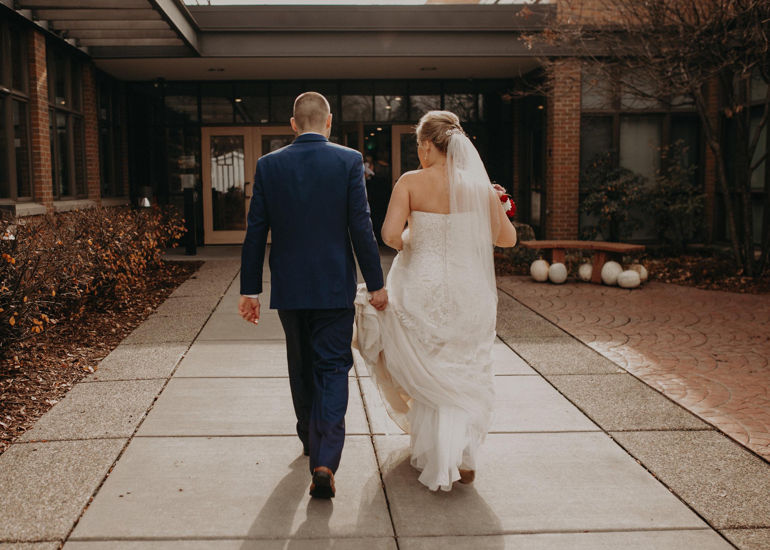 st-bridgets-church-first-look-bride-groom