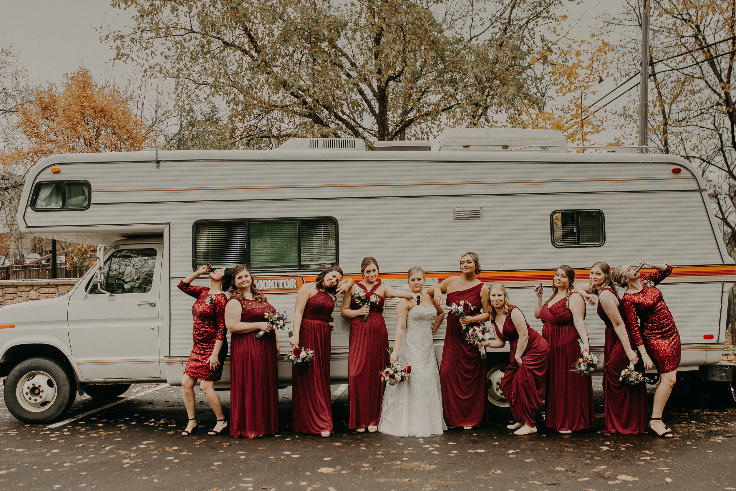 heritage-park-rv-bridesmaids-river-falls-photographer