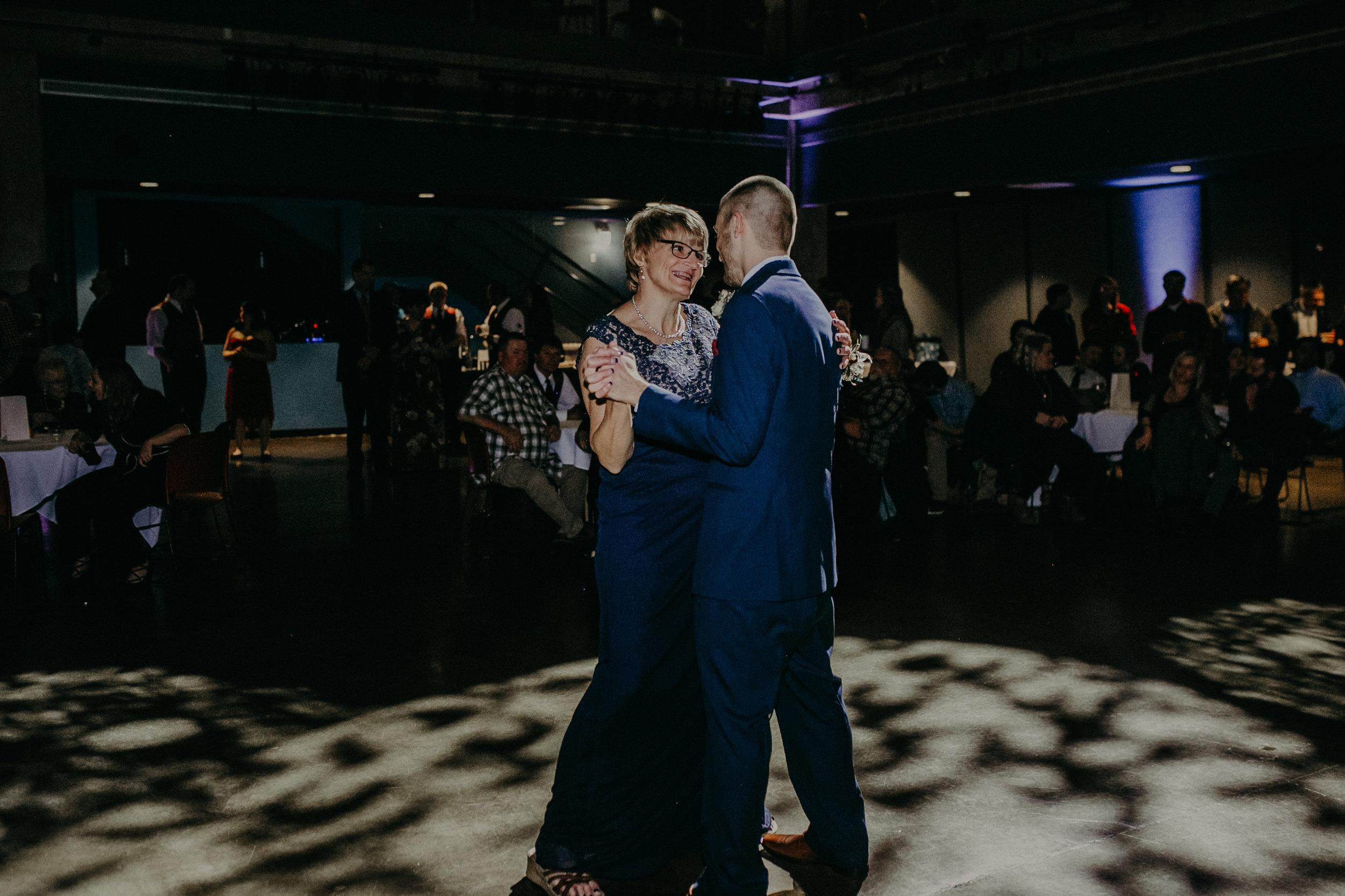 Weisenbeck_Wedding_Oct2018-746.jpg