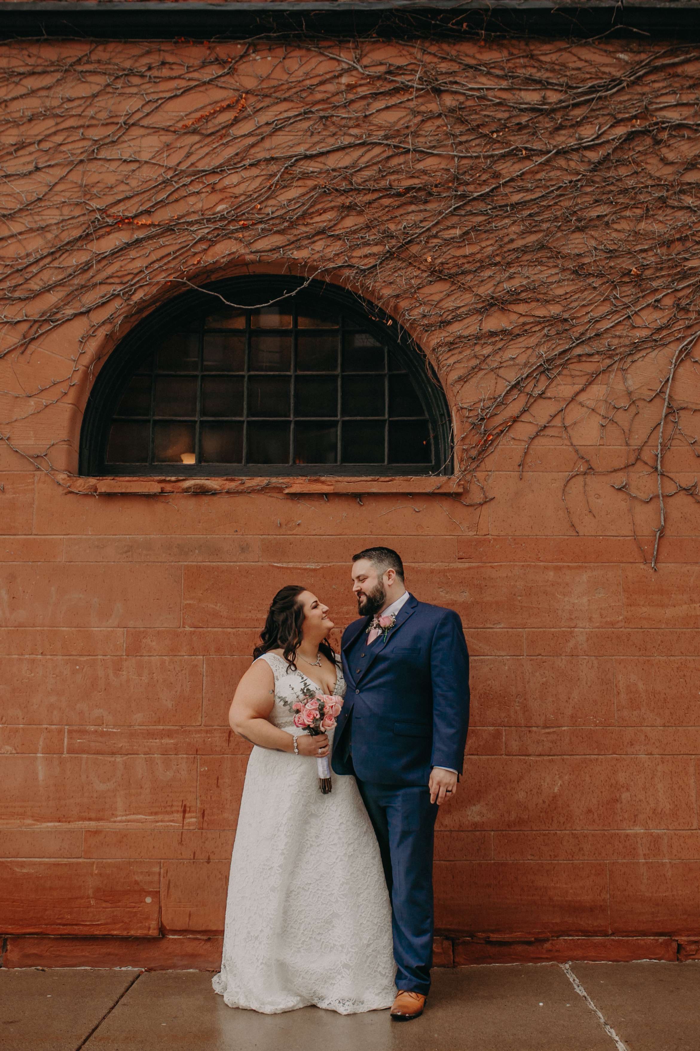 Intimate_Wedding_St_Paul_MN_WA_Frost_Sweeneys_Andrea_Wagner_Photography (81 of 99).jpg