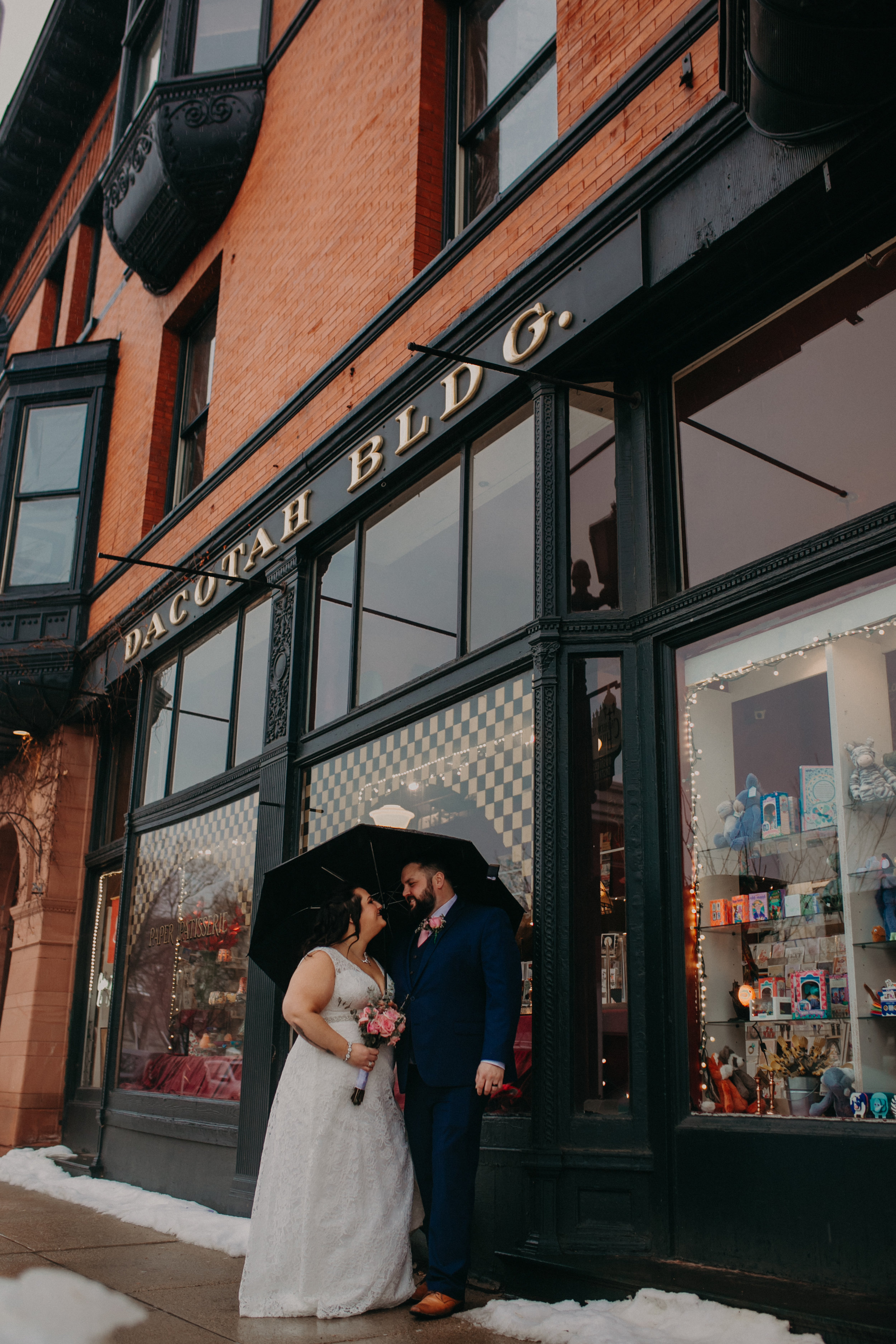 Intimate_Wedding_St_Paul_MN_WA_Frost_Sweeneys_Andrea_Wagner_Photography (80 of 99).jpg