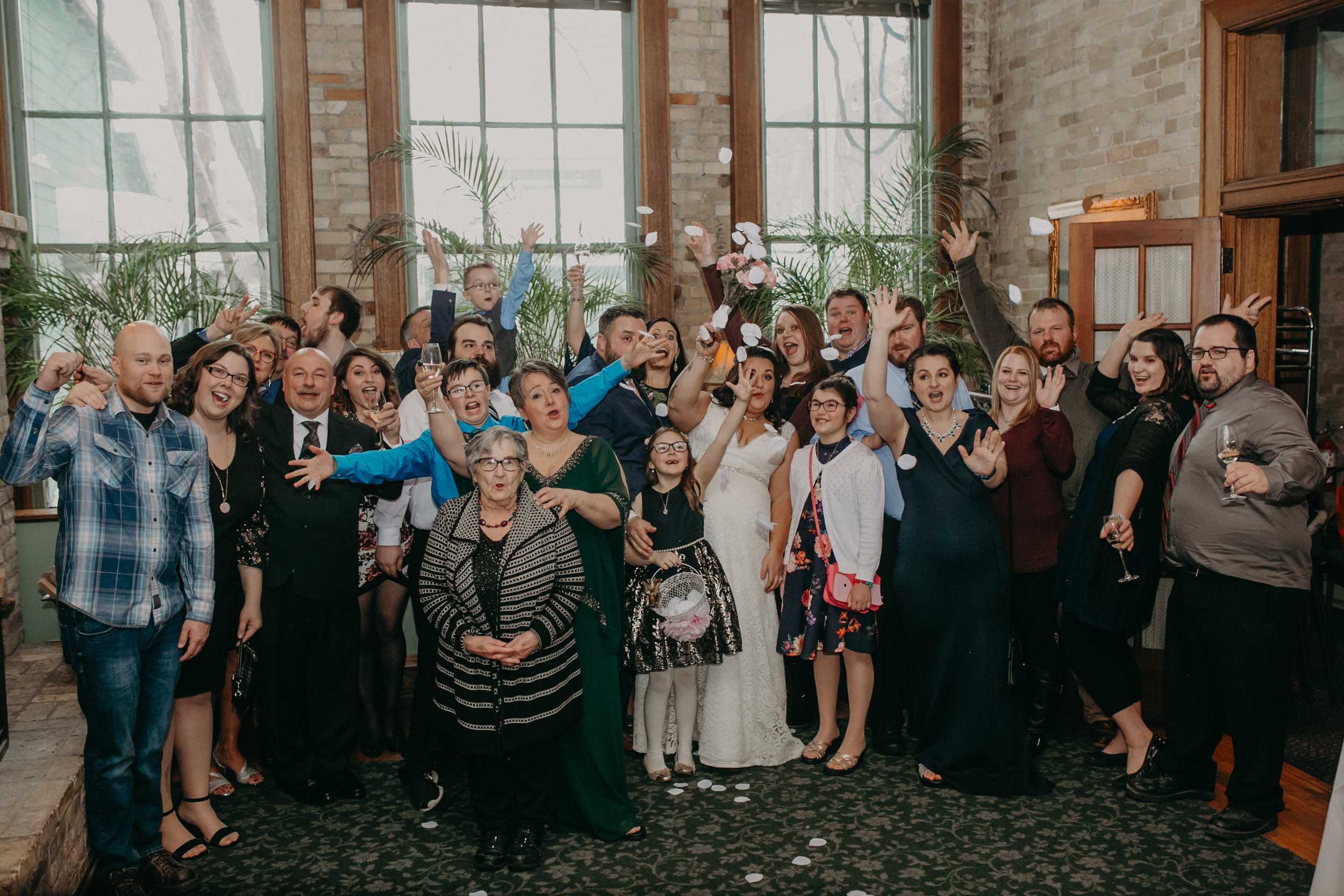 Intimate_Wedding_St_Paul_MN_WA_Frost_Sweeneys_Andrea_Wagner_Photography (71 of 99).jpg