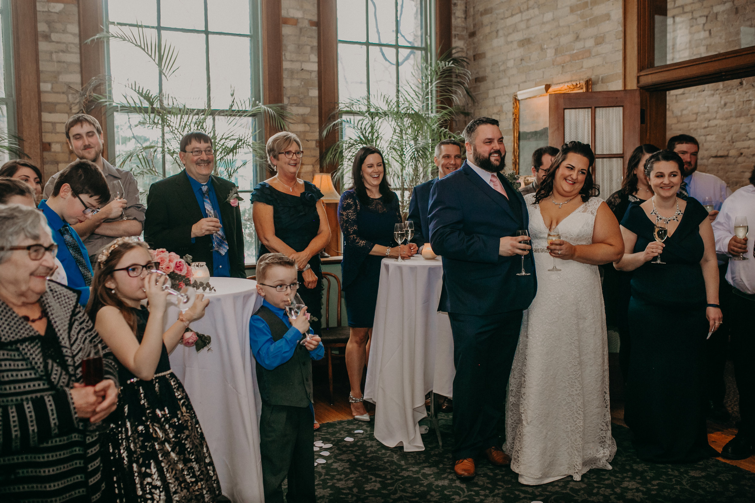 Intimate_Wedding_St_Paul_MN_WA_Frost_Sweeneys_Andrea_Wagner_Photography (60 of 99).jpg