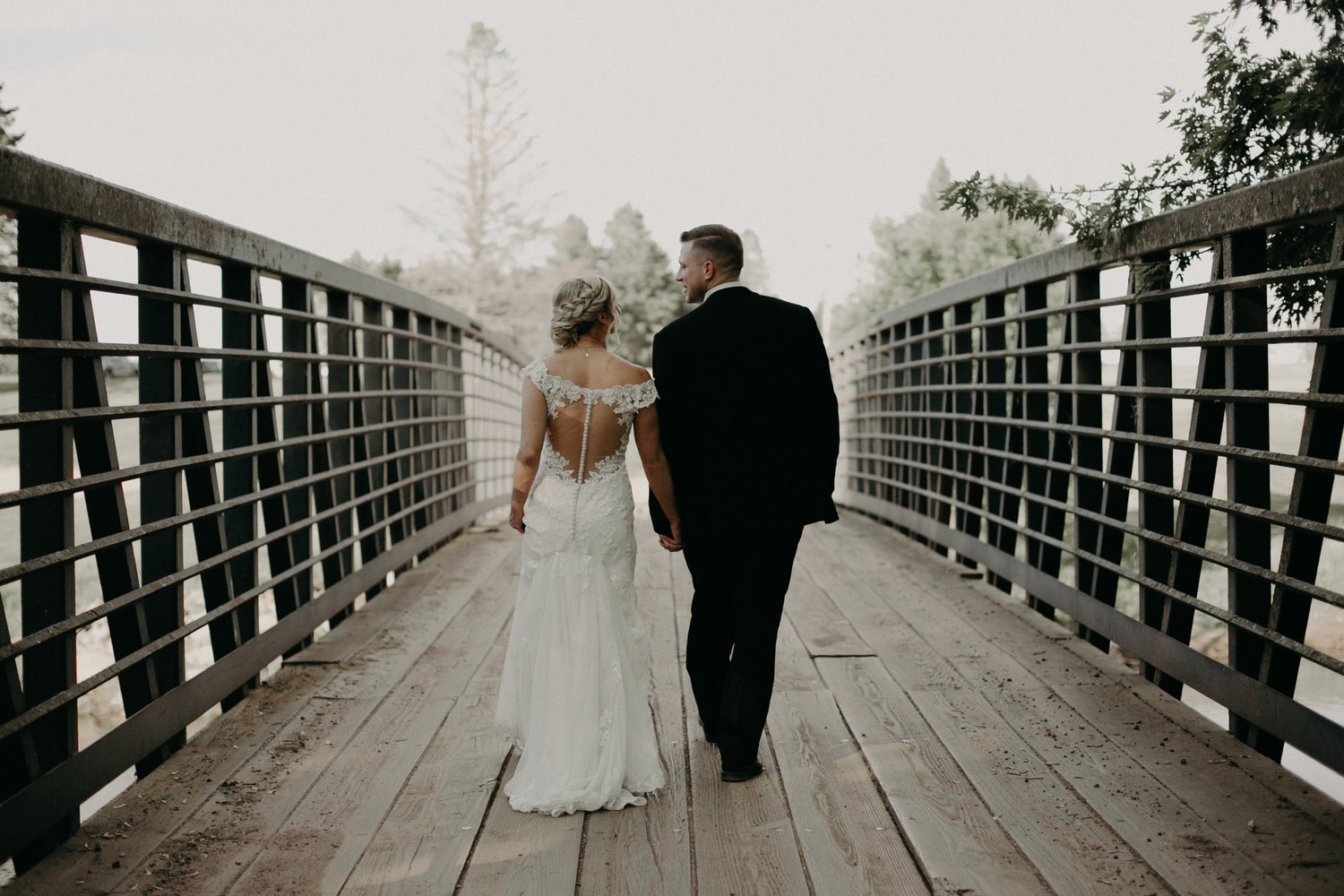 RiverEdge_Golf_Course_Wedding_Photographer_Marshfield_WI.jpg