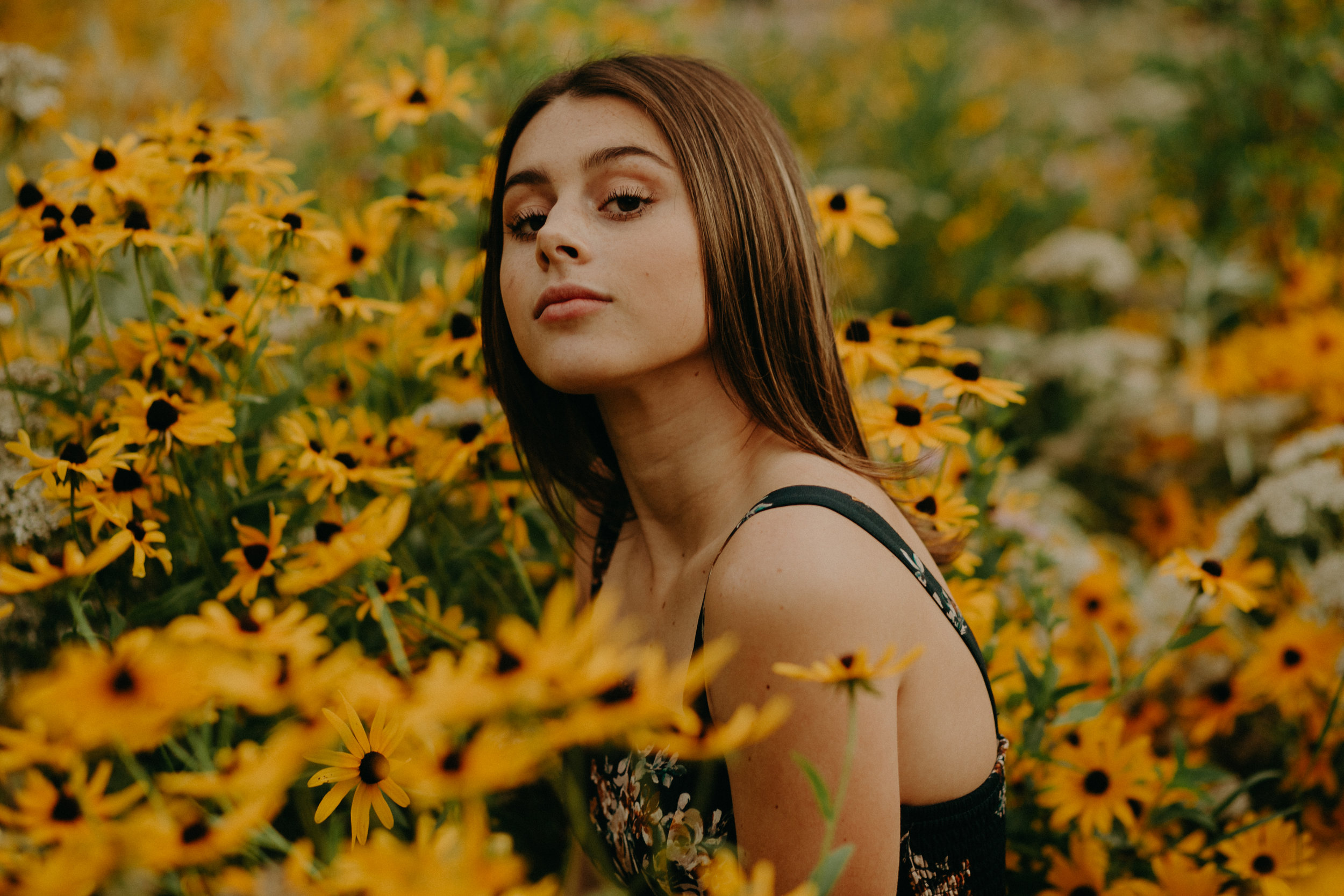 Andrea Wagner Photography captures different and unique yet gorgeous photos of high school seniors in Minnesota and Wisconsin