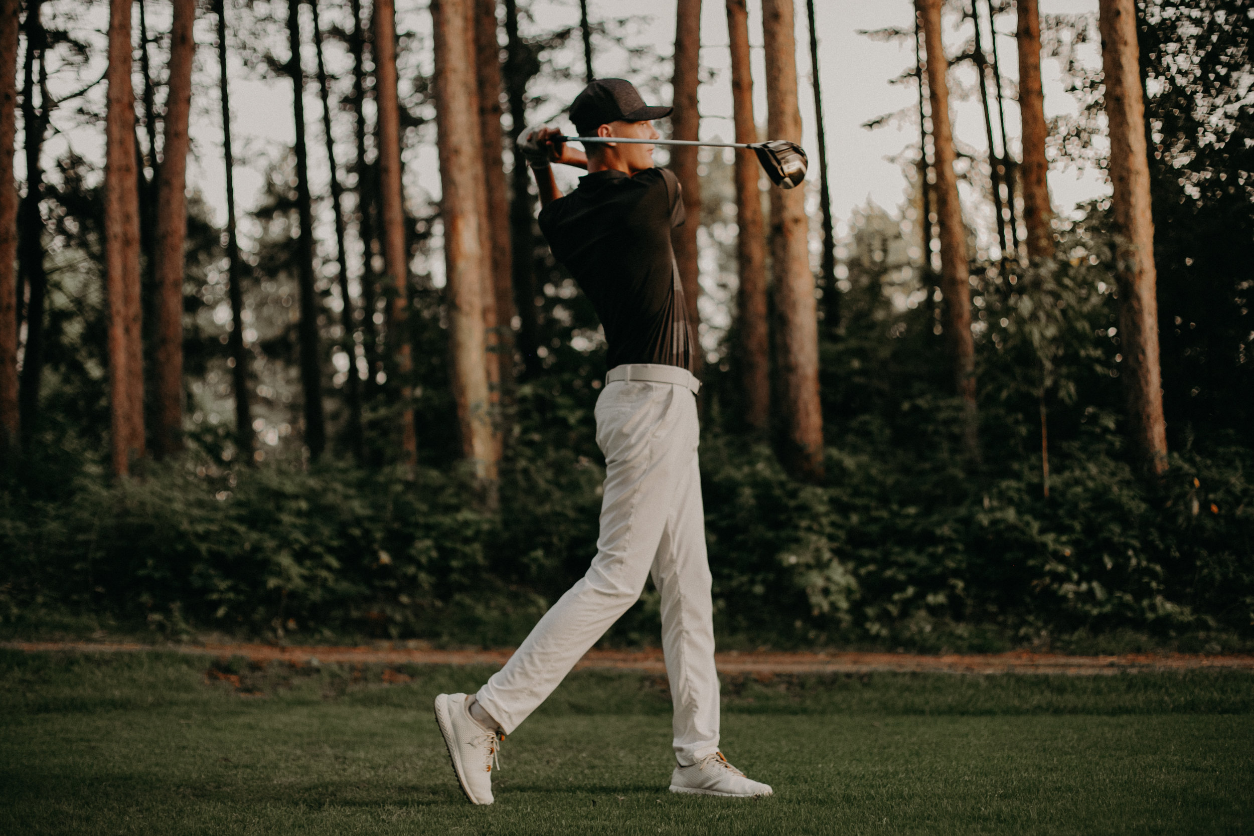 Spring Valley High School senior photographer on golf course