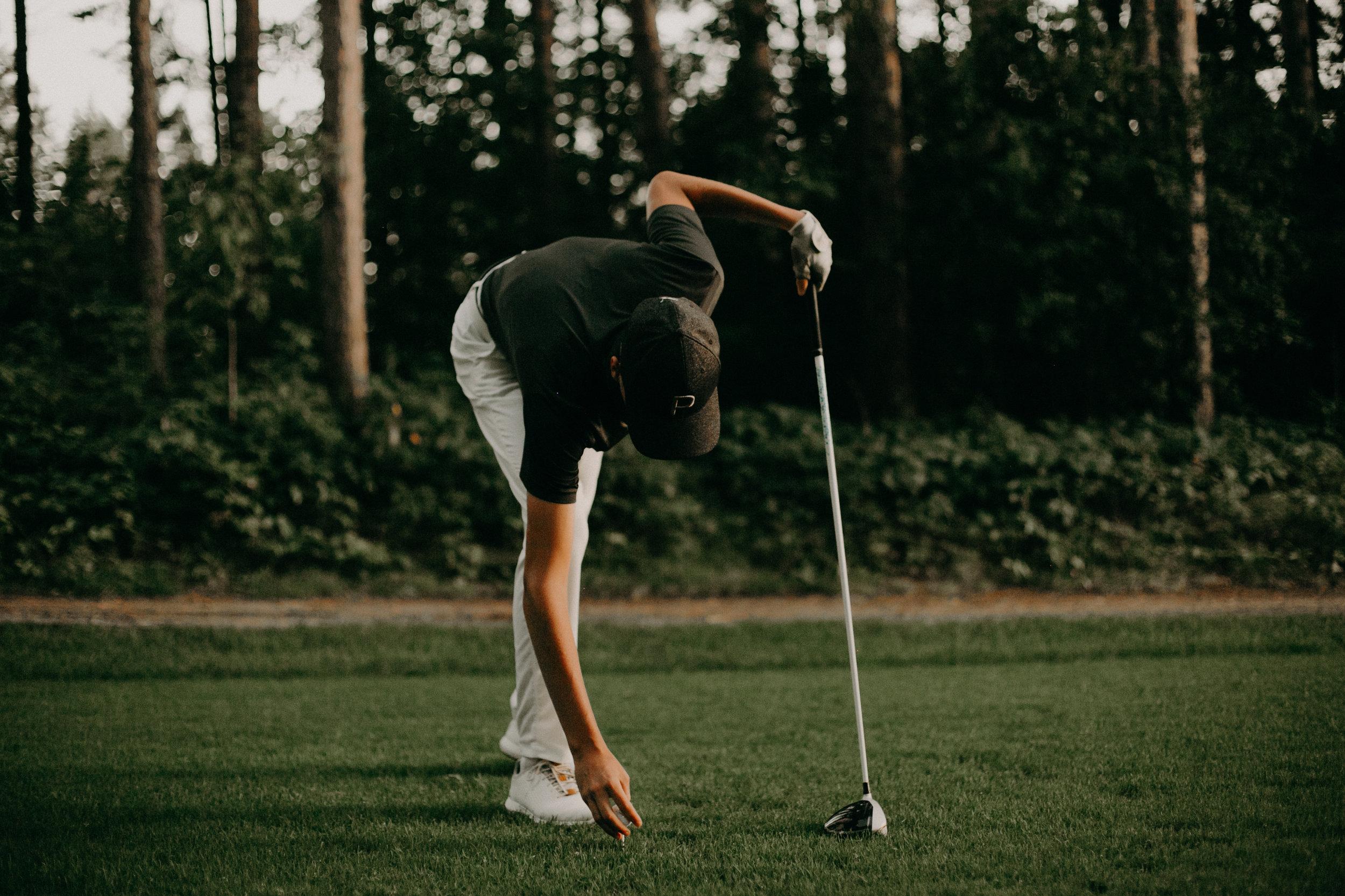 Spring_Valley_Golf_Club_Senior_Session_AWP (25 of 34).jpg
