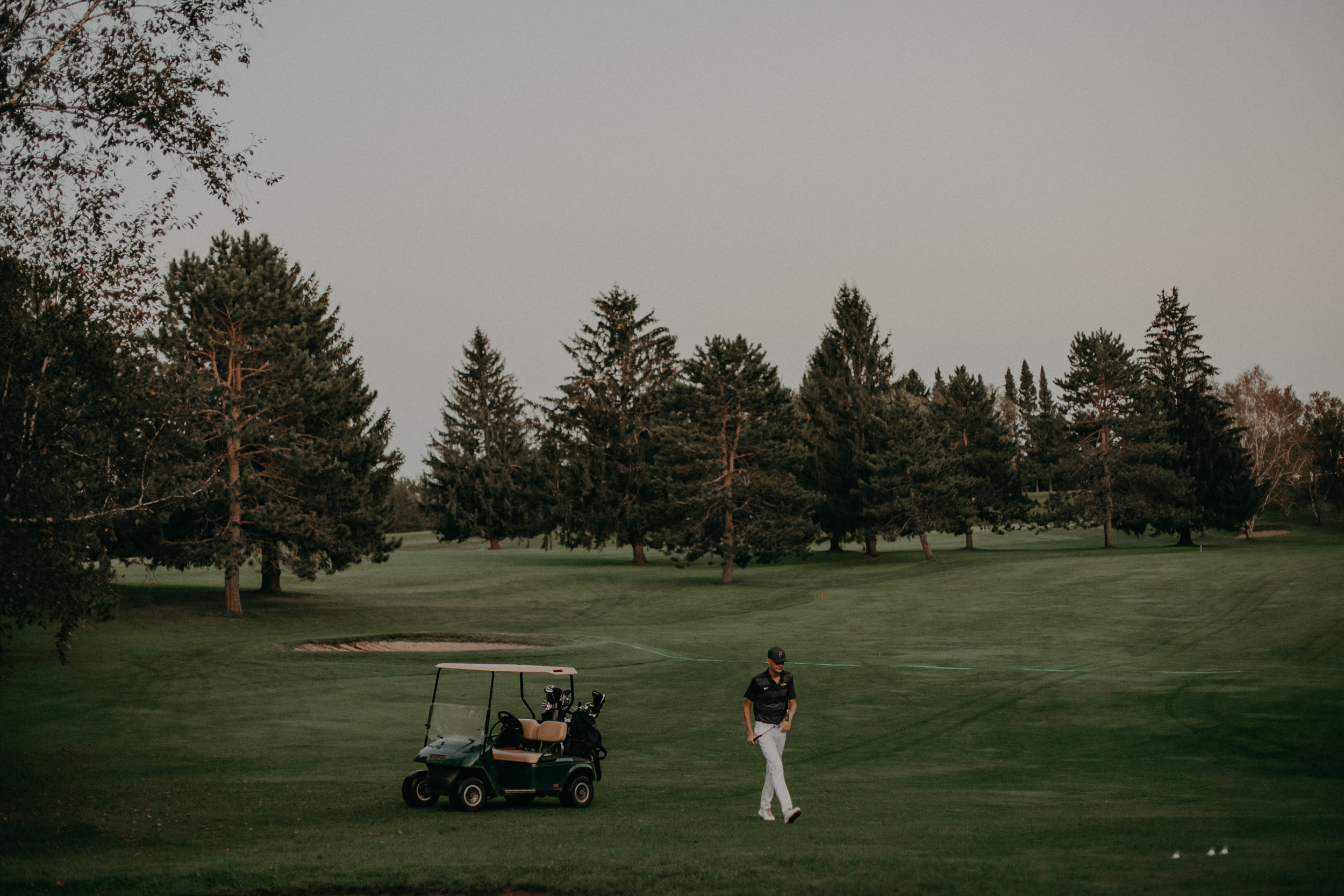 Wisconsin senior photographer Andrea Wagner captures golfer senior session