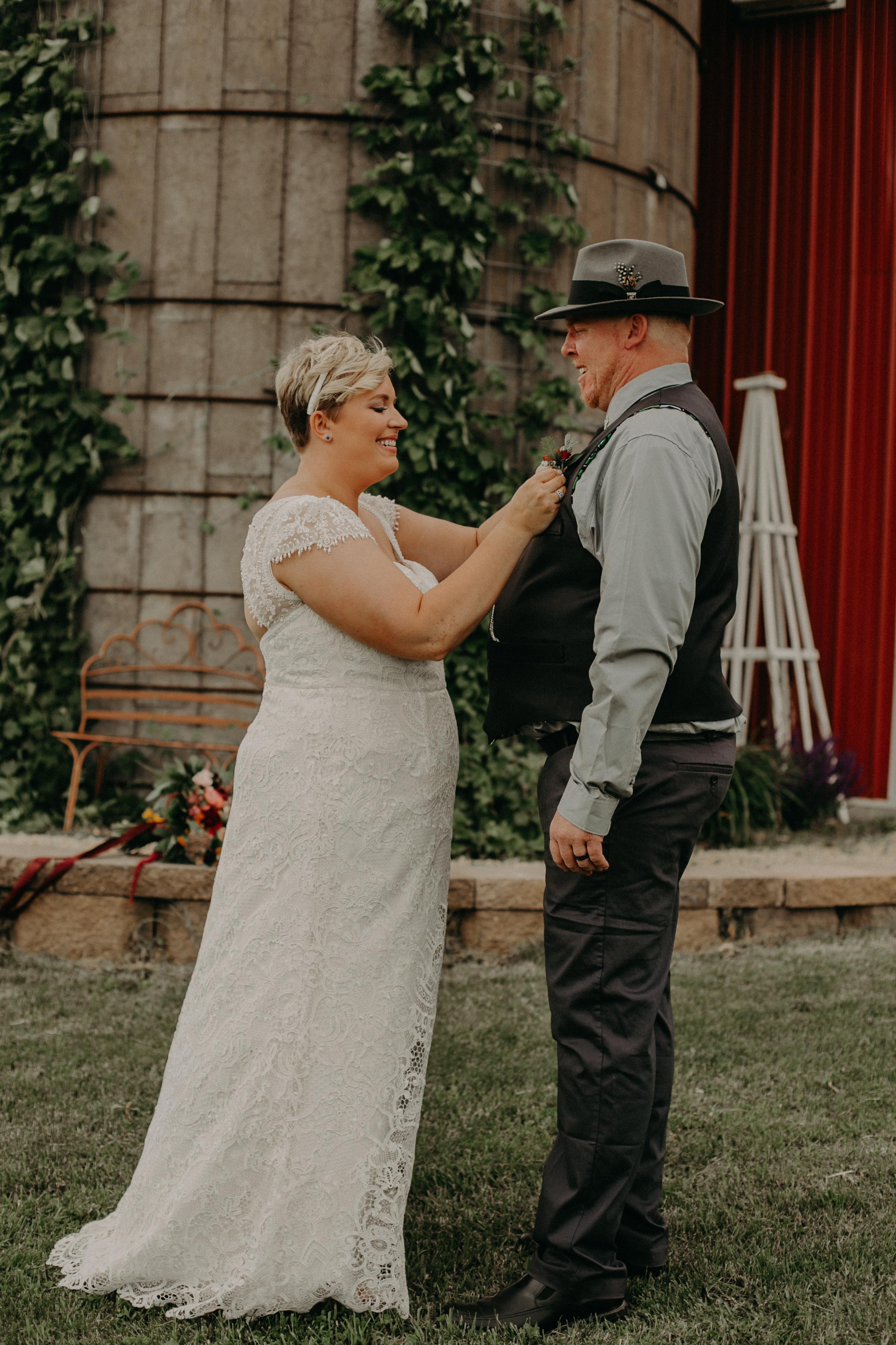 Ellsworth_WI_Barn_Jean_Acres_Wedding_AWP (9 of 57).jpg