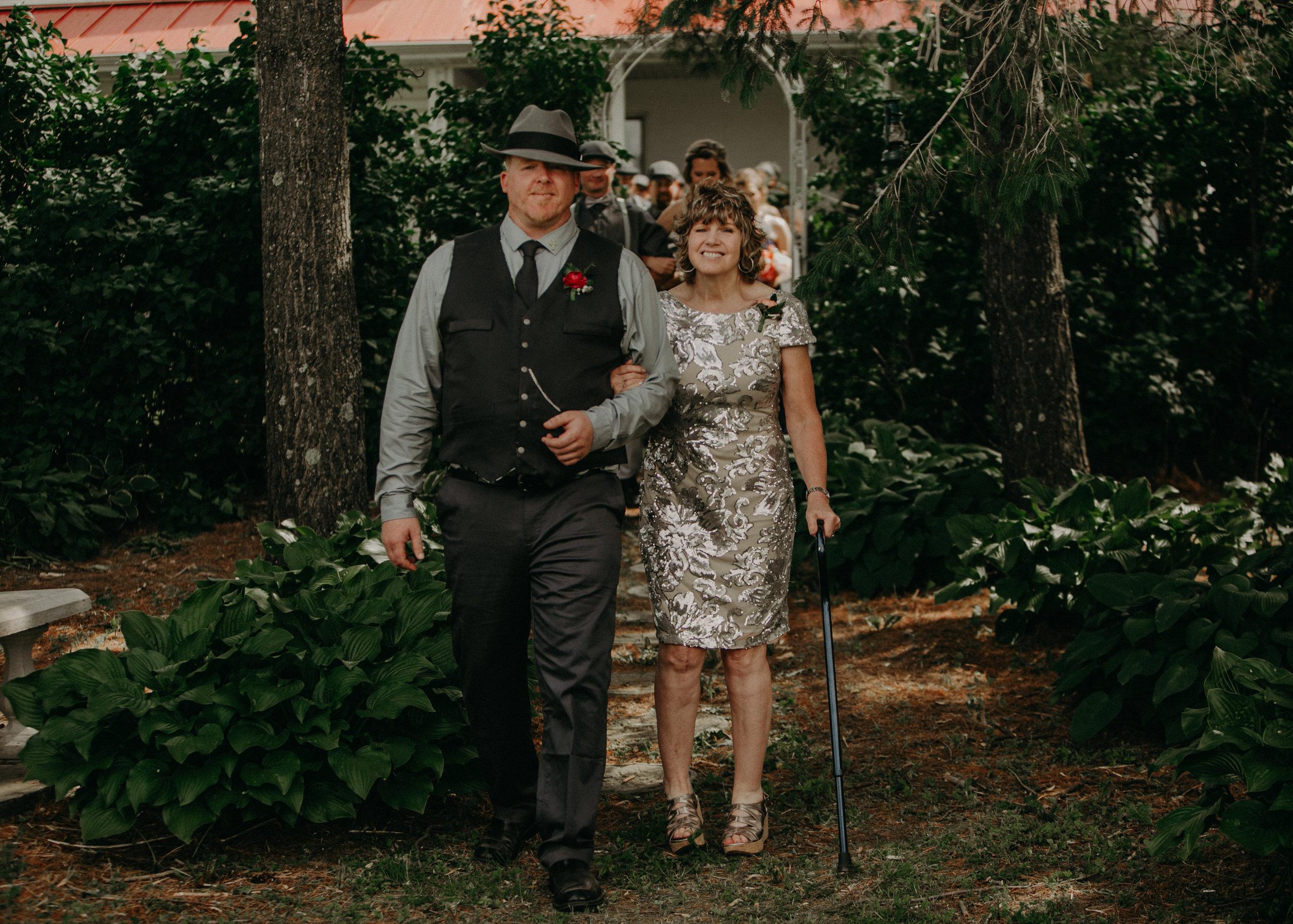 Ellsworth_WI_Barn_Jean_Acres_Wedding_AWP (30 of 57).jpg
