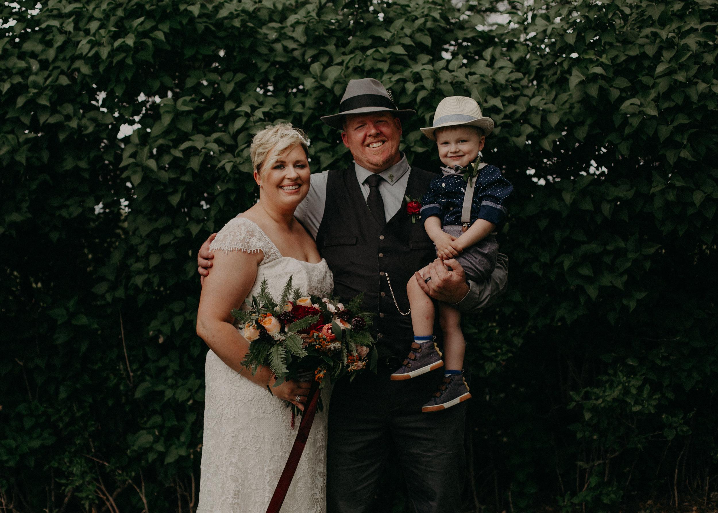 Ellsworth_WI_Barn_Jean_Acres_Wedding_AWP (44 of 57).jpg