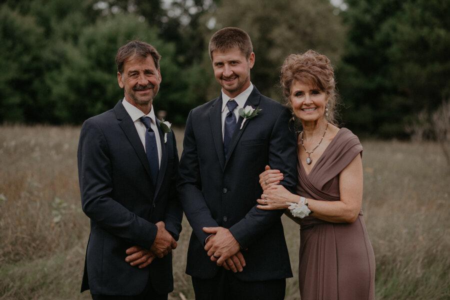 Hancock_Stichert_Wedding_Pine_Lake_Waupaca_340.jpg