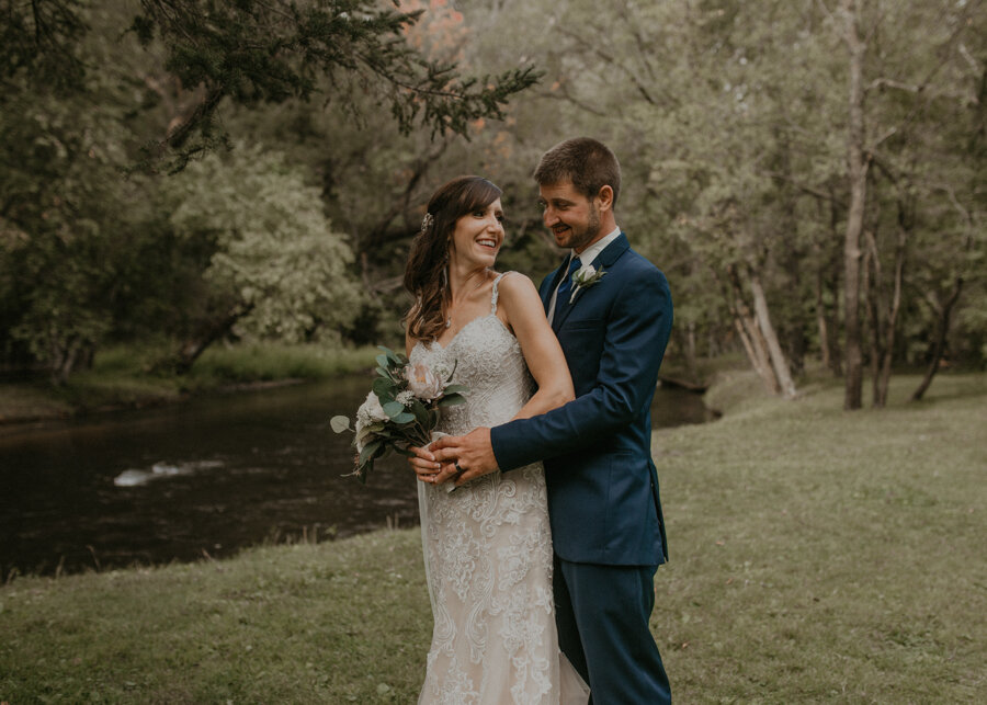 Red Mill wedding in Waupaca WI photographed by Andrea Wagner