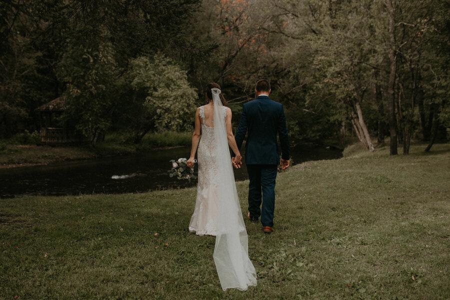 Hancock_Stichert_Wedding_Pine_Lake_Waupaca_488.jpg