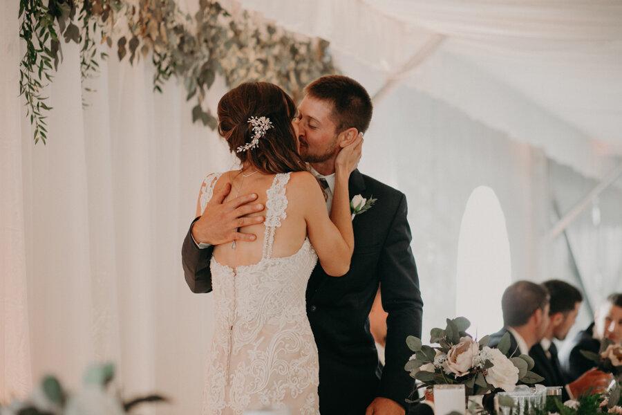 Hancock_Stichert_Wedding_Pine_Lake_Waupaca_551.jpg