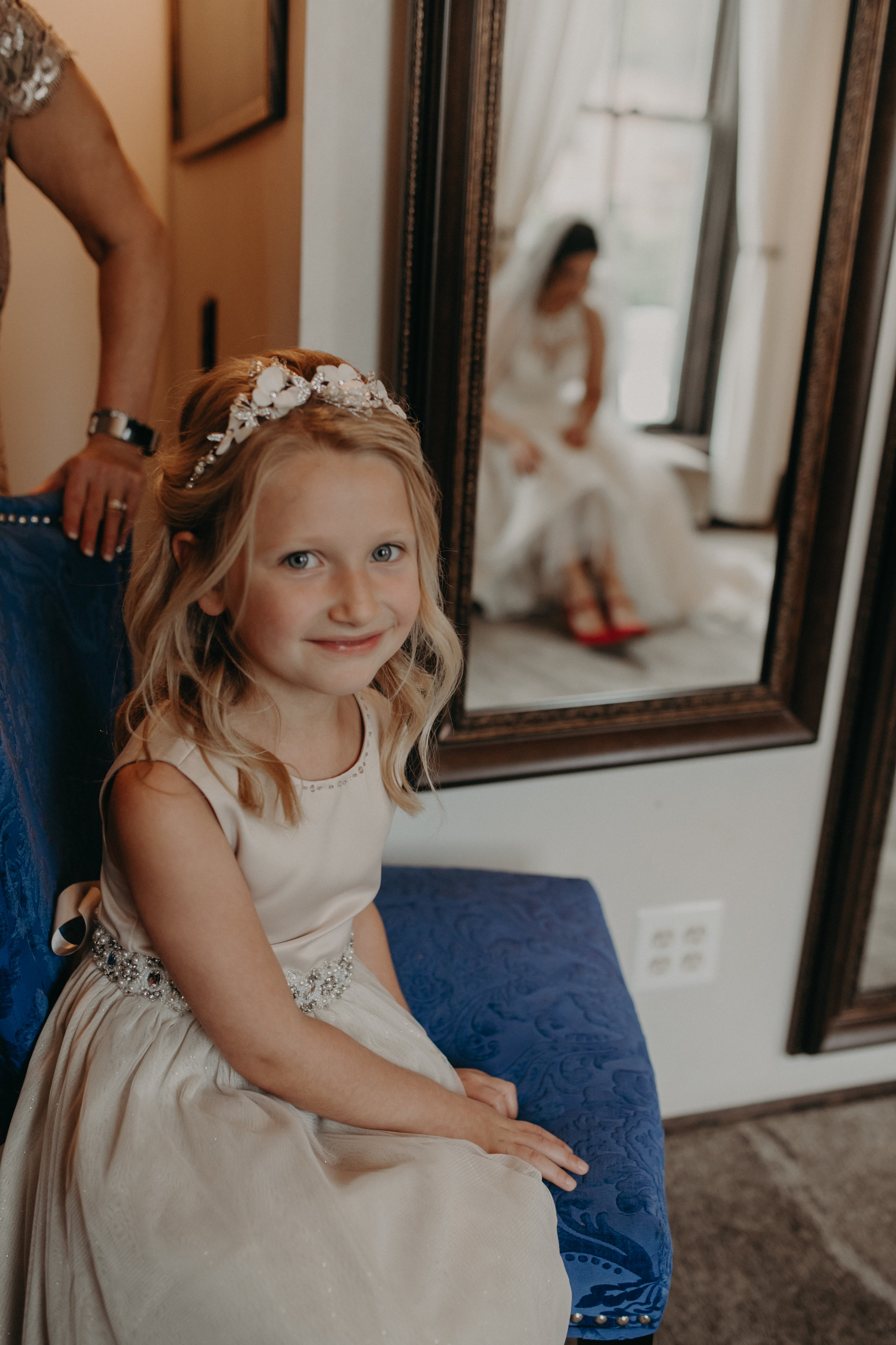 Stillwater MN wedding photographer Andrea Wagner captures bride getting ready at The Loft at Studio J