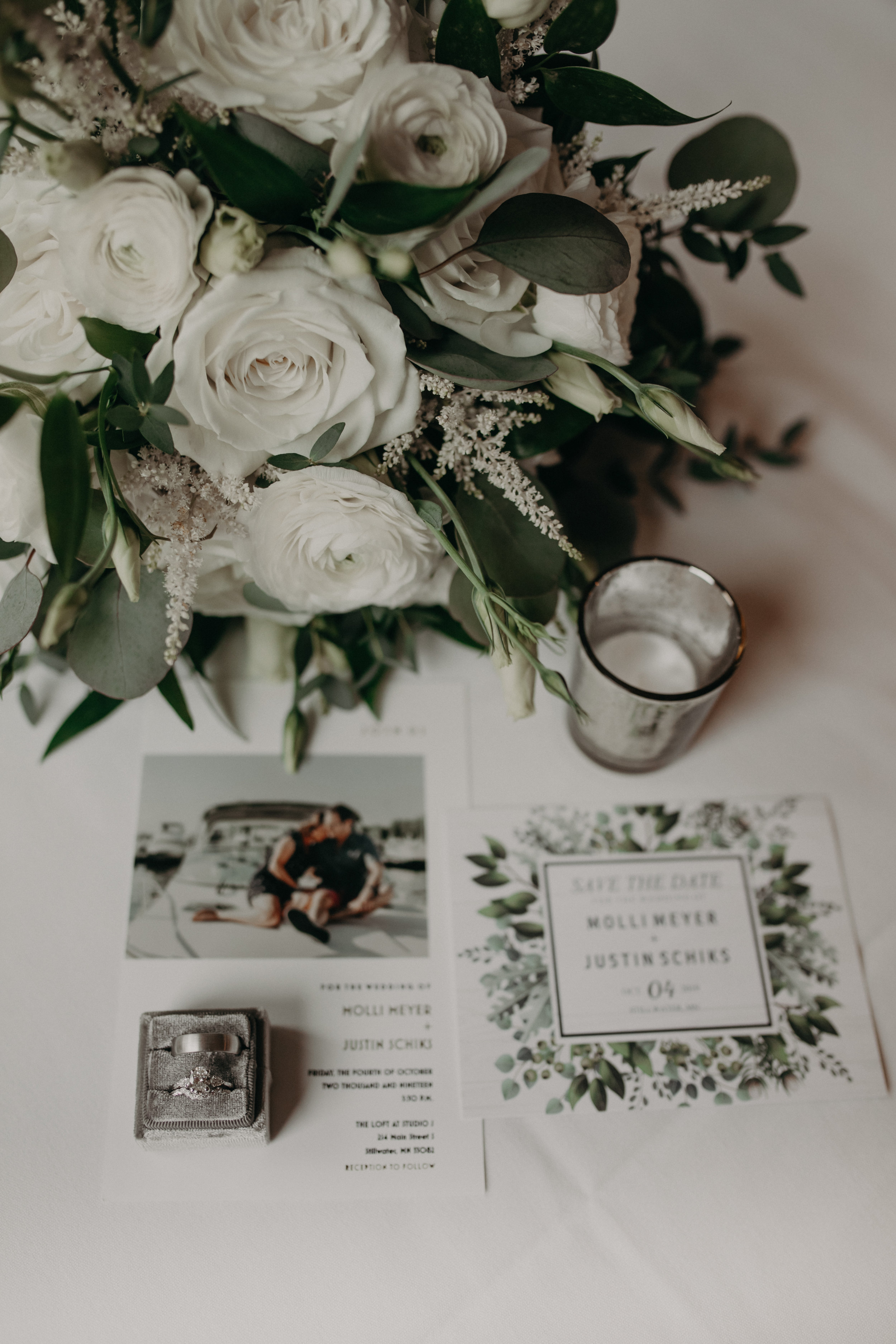 Lakeside Floral and Wedding Day Diamonds team up for Stillwater MN wedding details