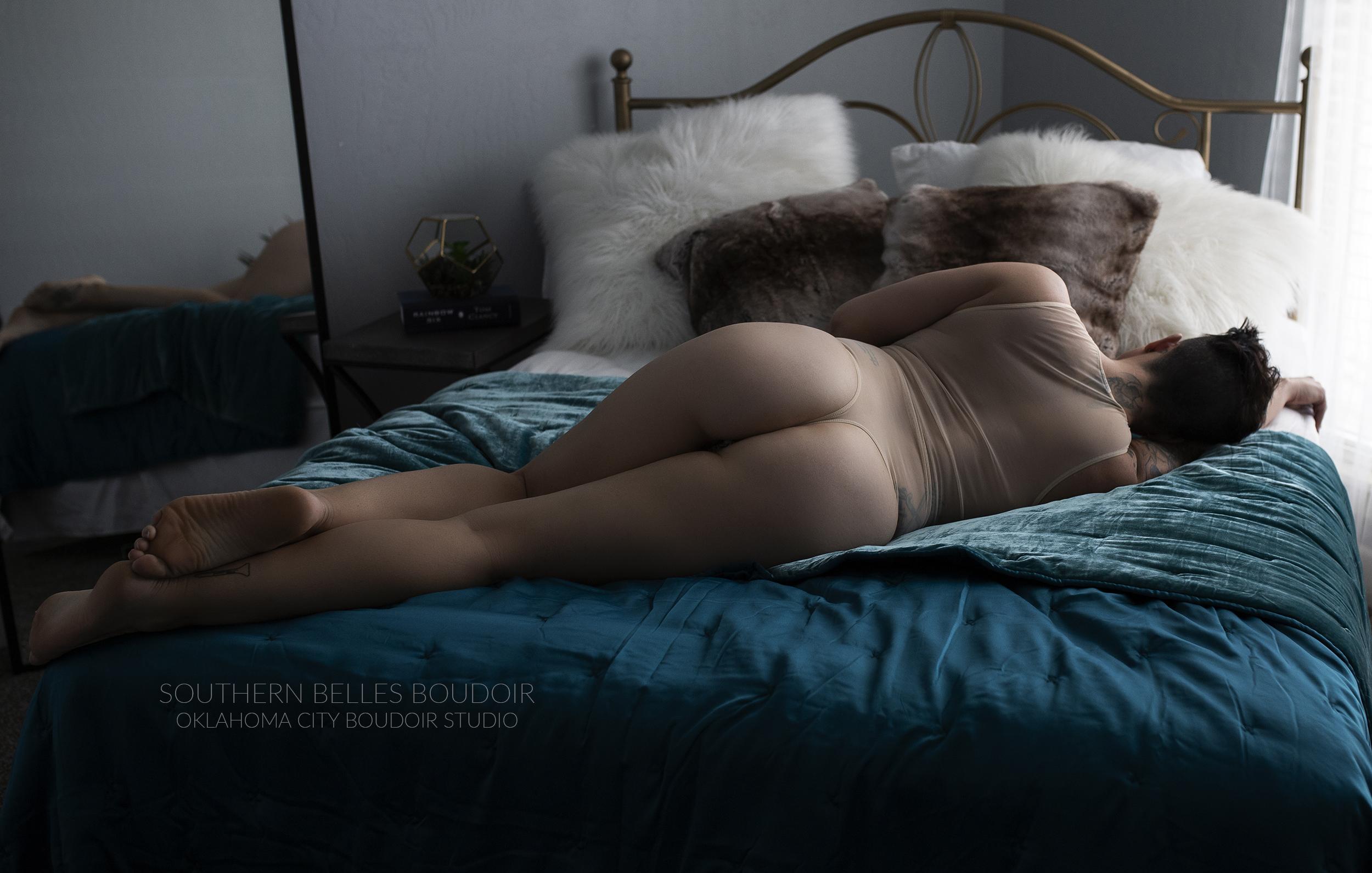 boudoirphotoshootokc.jpg