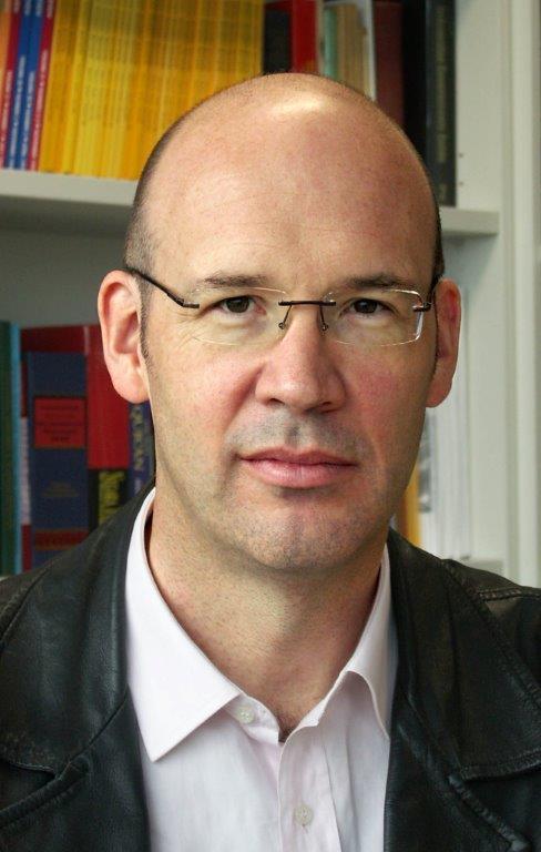 Professor Tim Lindsey (1968-79)