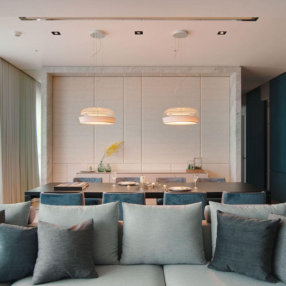 Residence in Blue