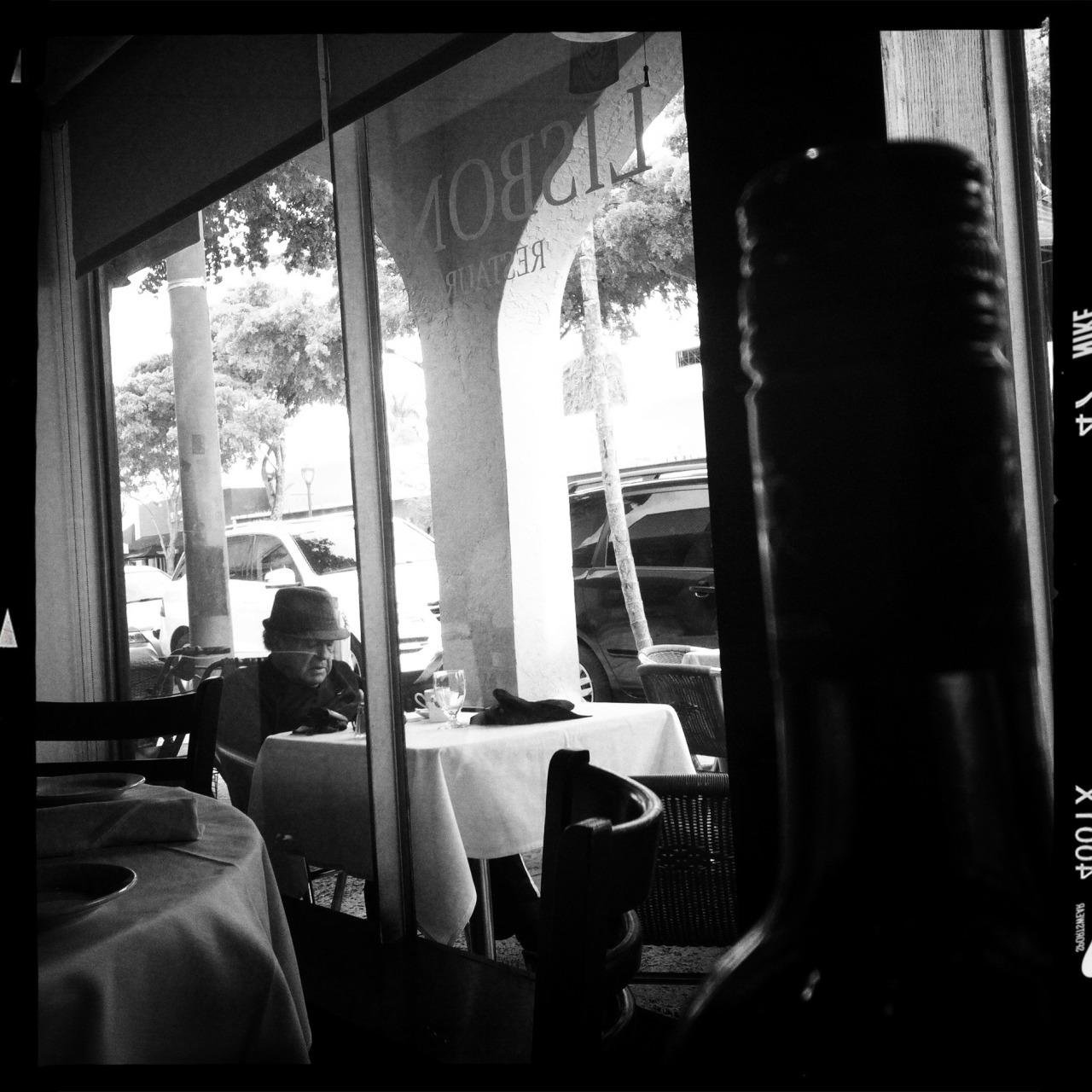 Lisboa, Miami   Tecnicamente, a anterior é mais perfeitinha. Eu prefiro essa
