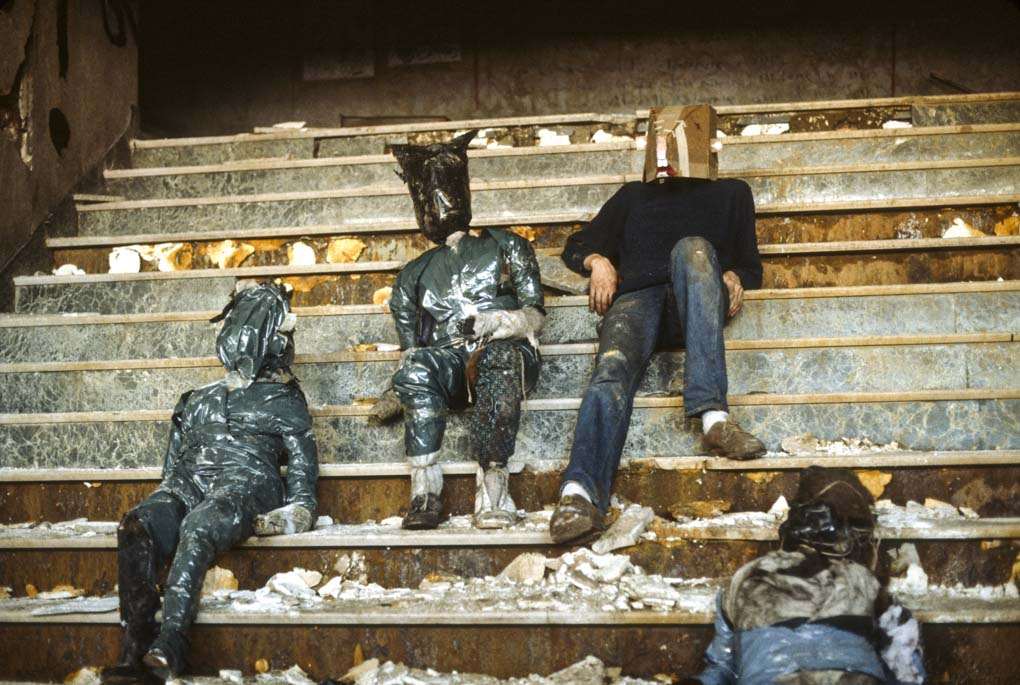 Andreas Sterzing,  David Finn Working at the Pier,  1983. Courtesy of the artist and Hunter College Art Galleries, New York.