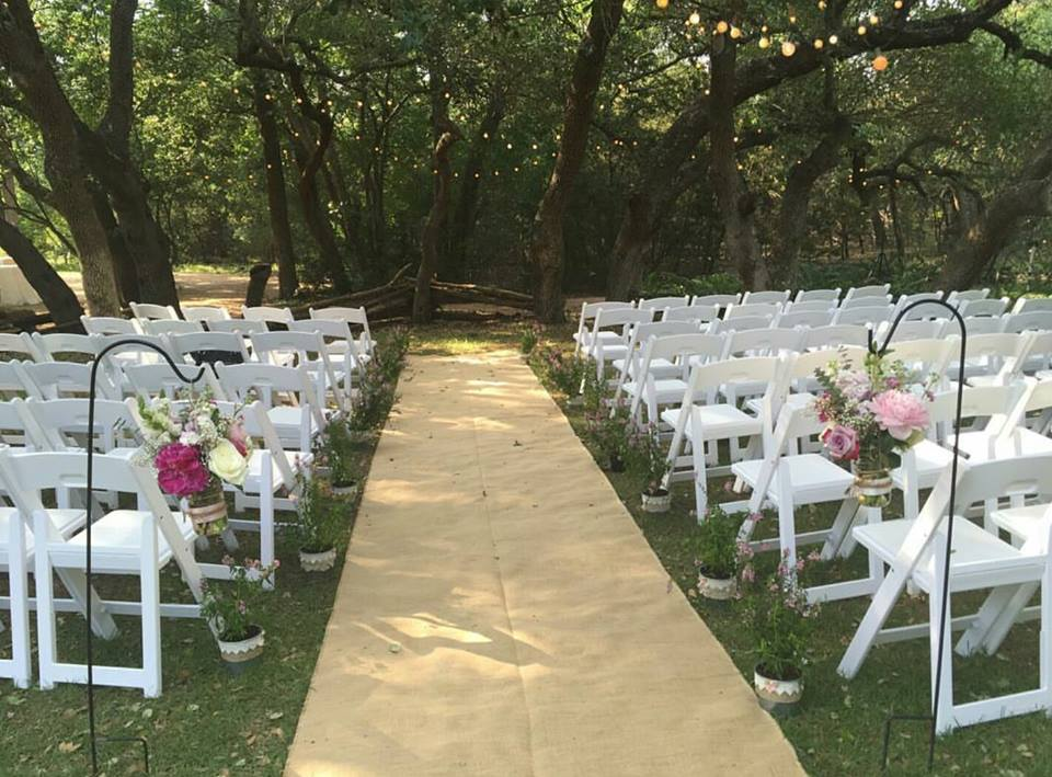 Wildflower Barn + Wedding + Ceremony site.jpg