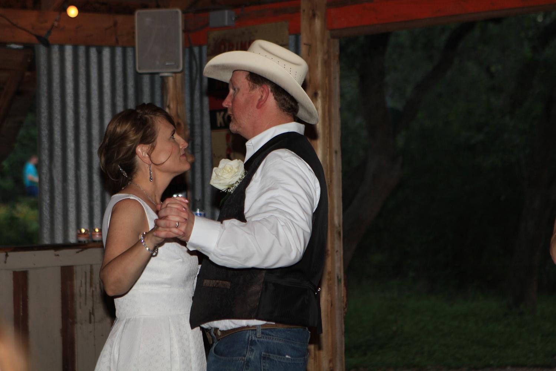 Wildflower barn + Wedding + First dance.jpg