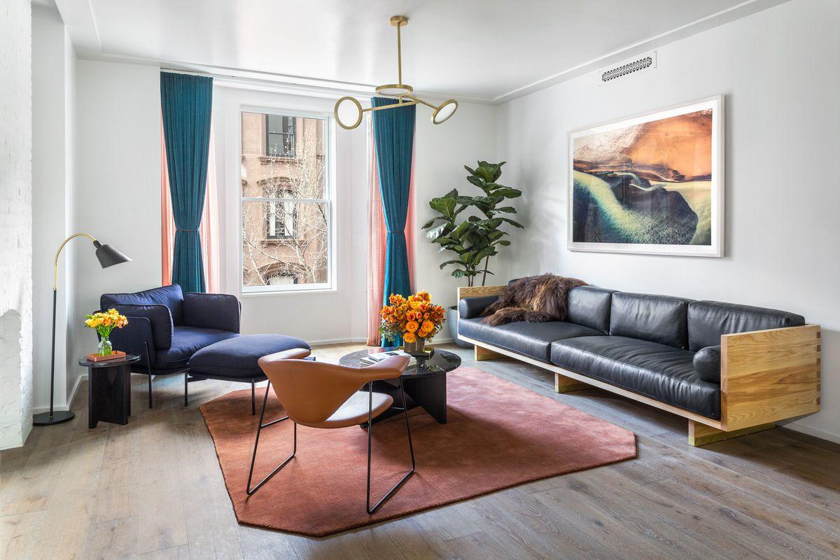 Chic Apartment.jpg
