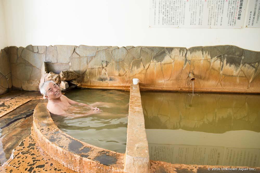 Suwa onsen, bather
