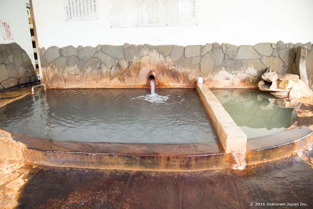 Suwa onsen, hot bath