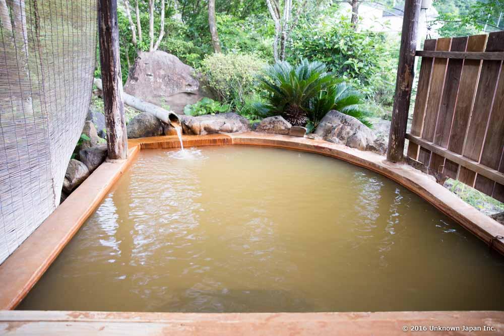 Suwa onsen, open air bath
