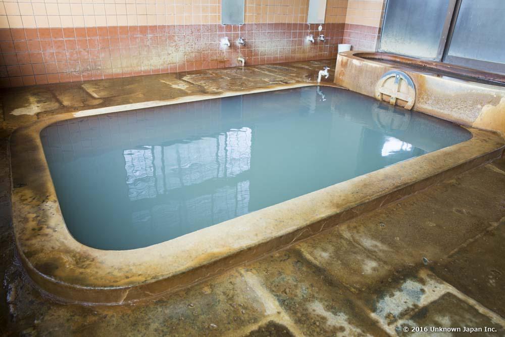 Nigatsuden Onsen, bath