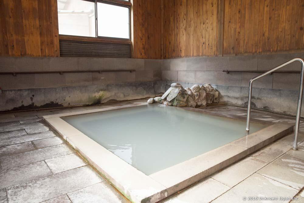 Nansyukan, bath