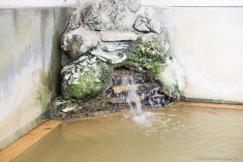 Fukujyu Onsen, faucet