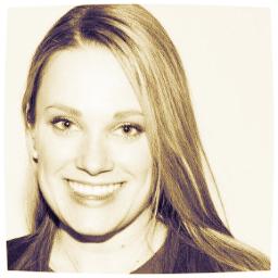 Elisa Cool    Founder of The Narrative. Content Strategist. Writer.Teacher. Seller. Dreamer.Keynote Speaker.